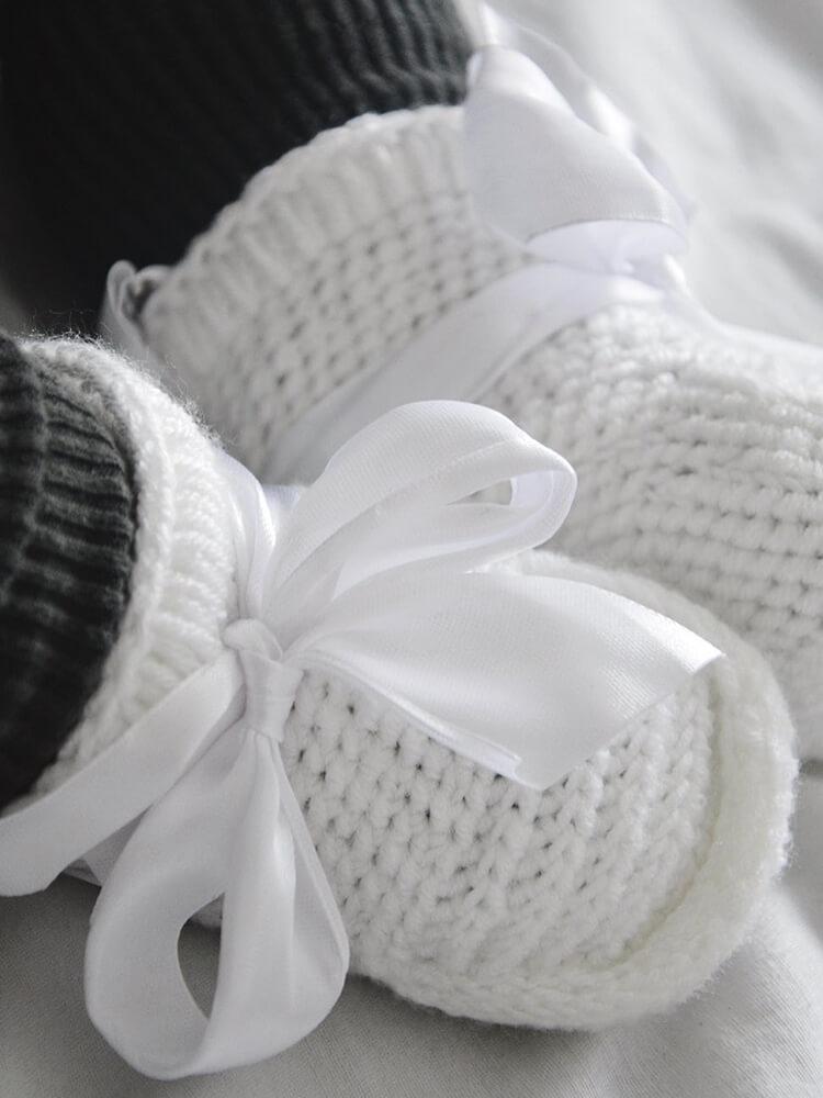 Papučky Classic s bielou stuhou biele Withloveboots