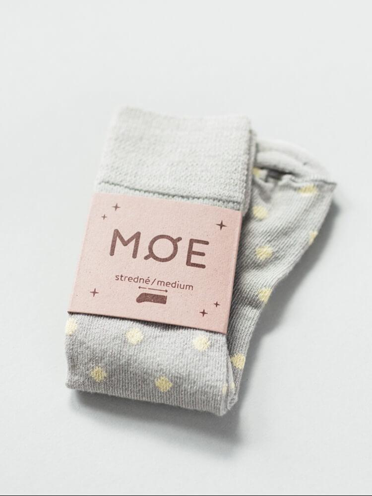 Podkolienky žlté bodky Moe