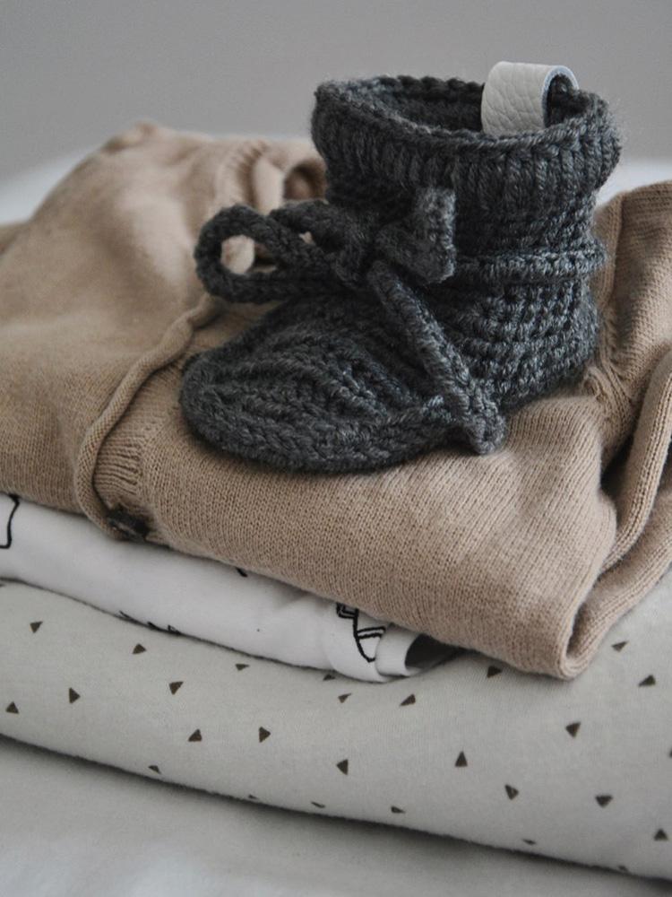 Papučky Classic so šnúrkami tmavosivé Withloveboots